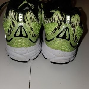 Saucony Shoes - 6 | SAUCONY | FAST WITCH 4  LIME running shoes